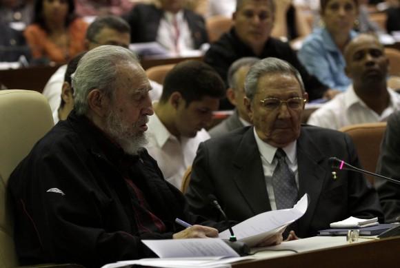 Intervención-de-Fidel-en-la-ANPP-24-de-febrero-de-2013.-Foto-Ismael-Francisco-Cubadebate-580x389